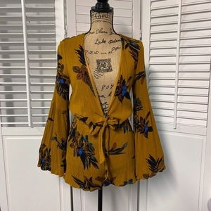 LOVERICHE Floral Bell Sleeve Romper